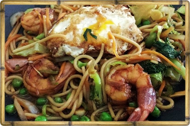 Ginger Soy Lo Mein with Shrimp